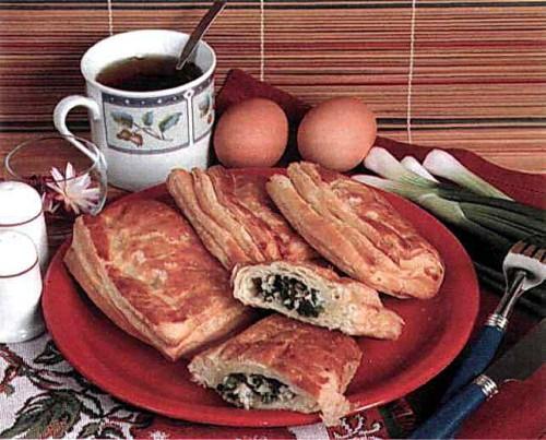 """Рецепт """"Слойки с зеленым луком и яйцами"""""""