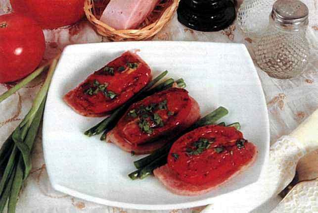 """Рецепт """"Ветчина, жаренная с помидорами"""""""