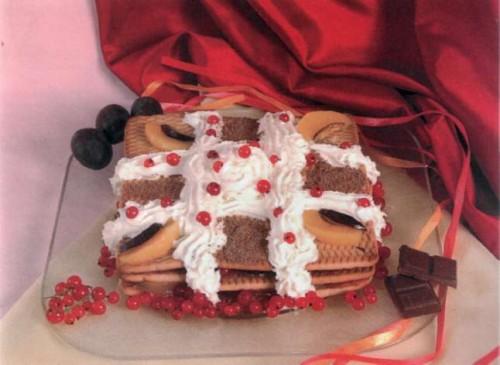"""Рецепт """"Персиковый торт из печенья"""""""