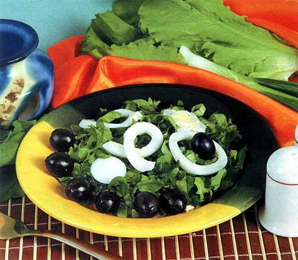 """Рецепт """"Салат из щавеля, листьев салата и зеленого лука"""""""