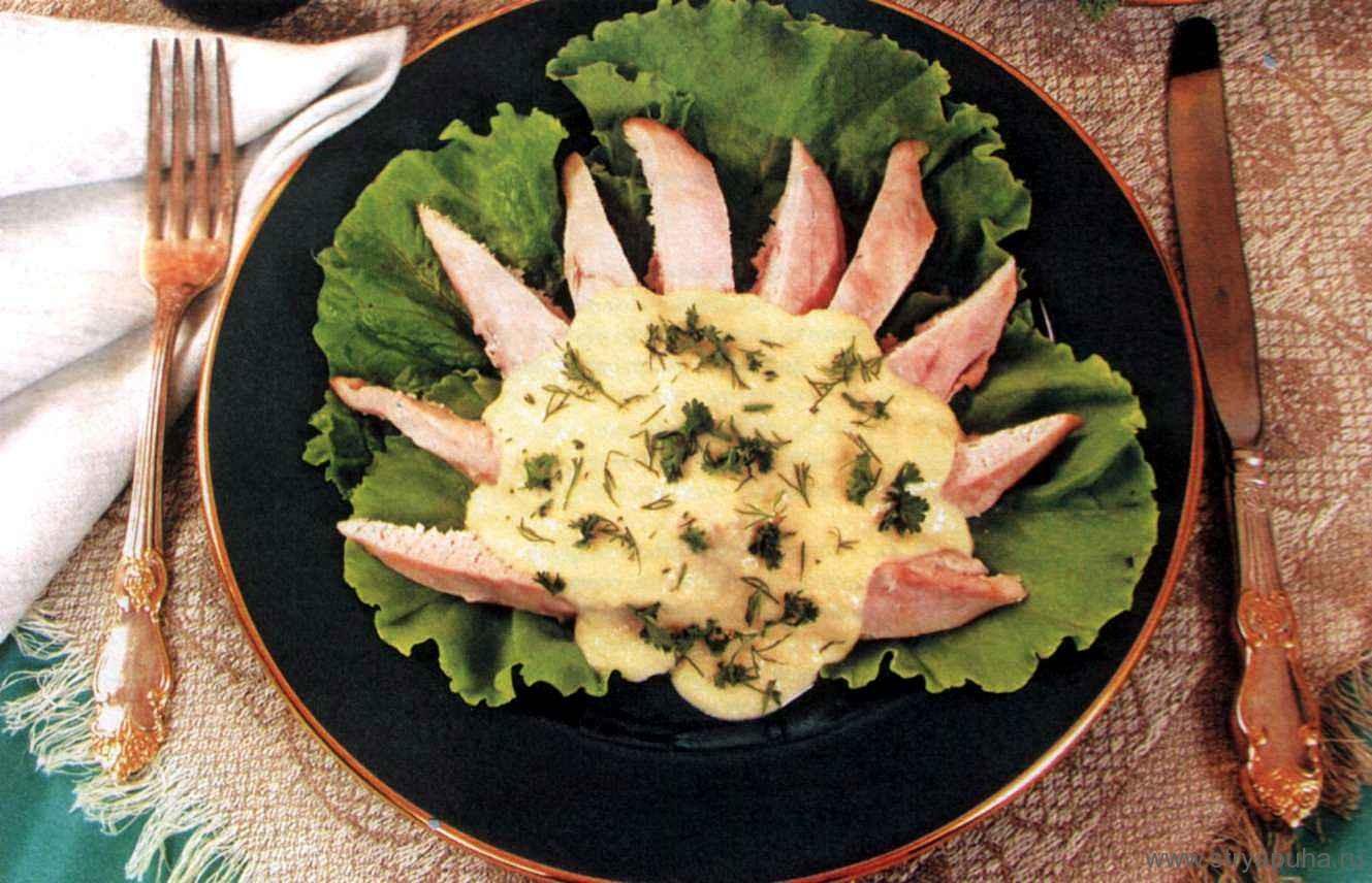 Куриные грудки с сырным соусом
